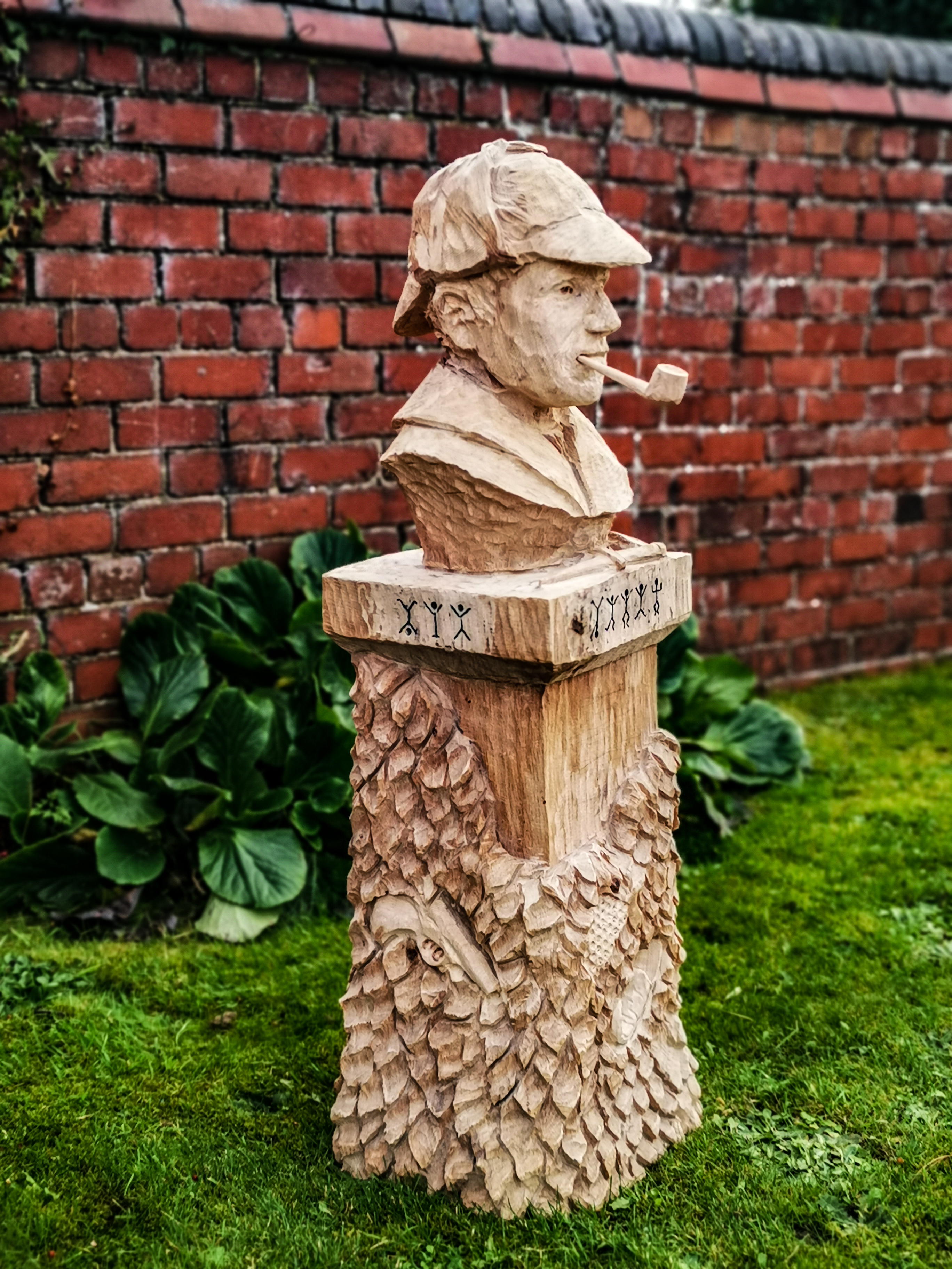 Sculptures based on literature: Sherlock Holmes bust by Simon O'Rourke