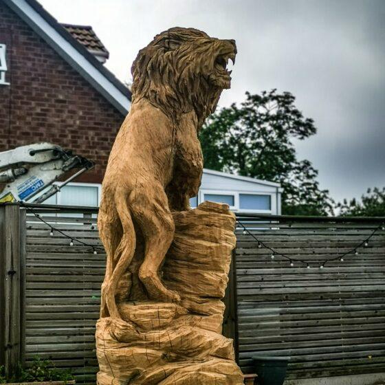Roaring Lion Sculpture in Oak