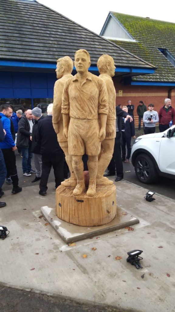 Queen of the South Legends statue by Simon O'Rourke unveiled in Dumfries