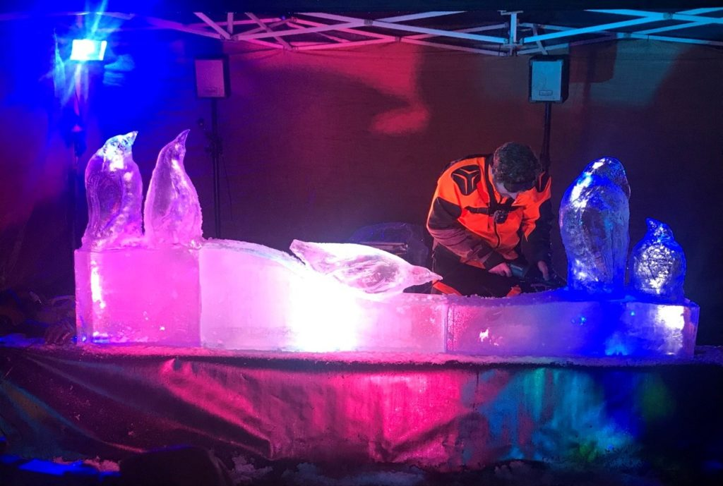 Simon O'Rourke Ice Carving in progress 2017