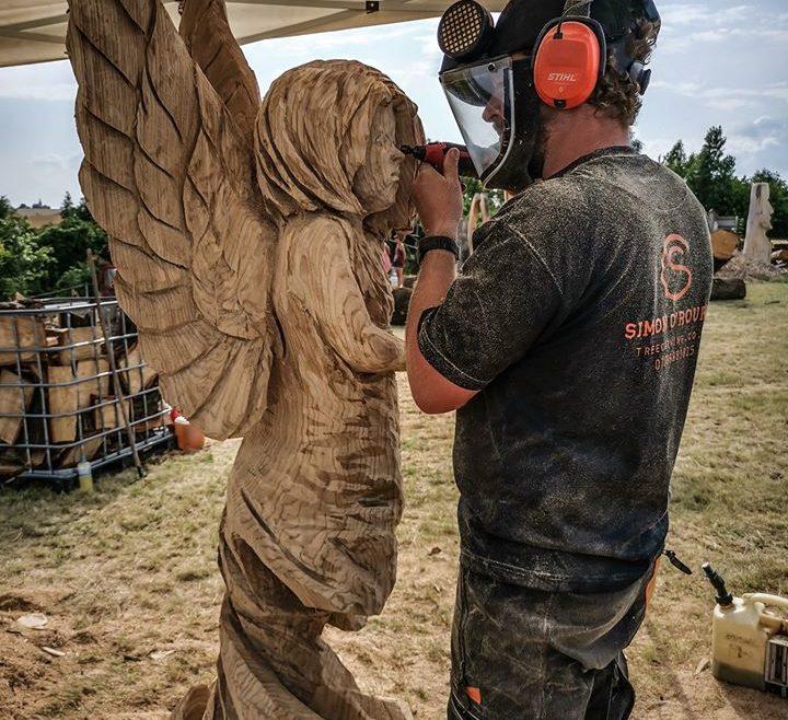 Simon O'Rourke carving a fairy