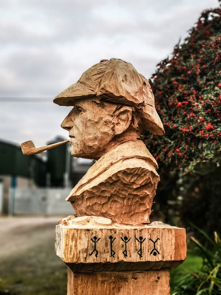 Perfect portrait sculpture for you series sherlock holmes tree carving bust by simon o'rourke