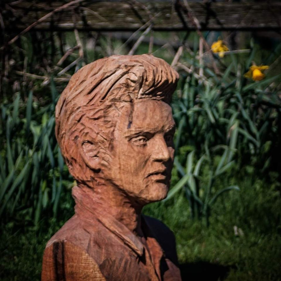 Perfect sculpture portrait for you example of elvis presley bust by simon o'rourke