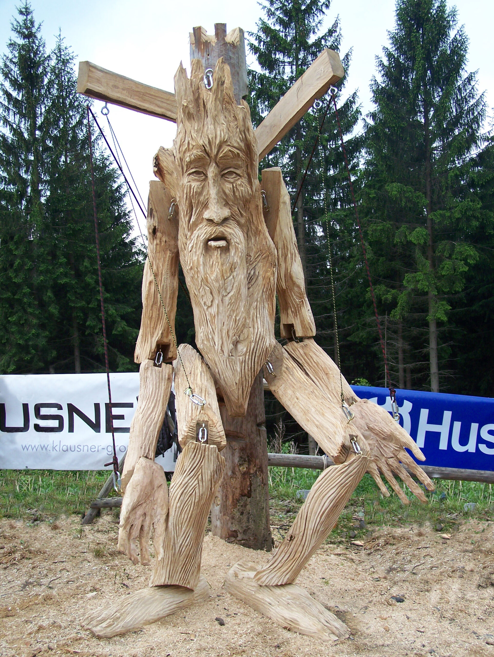 Huskycup through the years - 2007. A giant marionette created in oak by chainsaw carver simon o'rourke