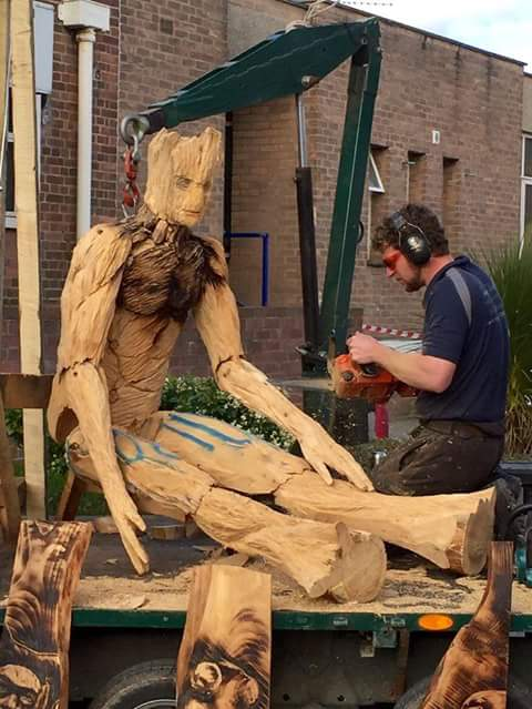 sculptures based on movies: simon o'rourke creating a giant groot marionette for Wales Comic Con 2015