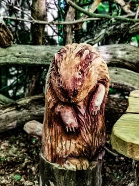 Narnia beaver den sculptures by simon o'rourke: Mrs Beaver